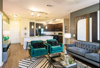 Living at Listing #280402