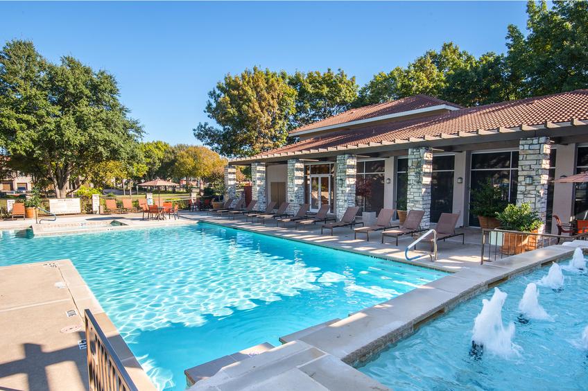 Pool at Listing #136692
