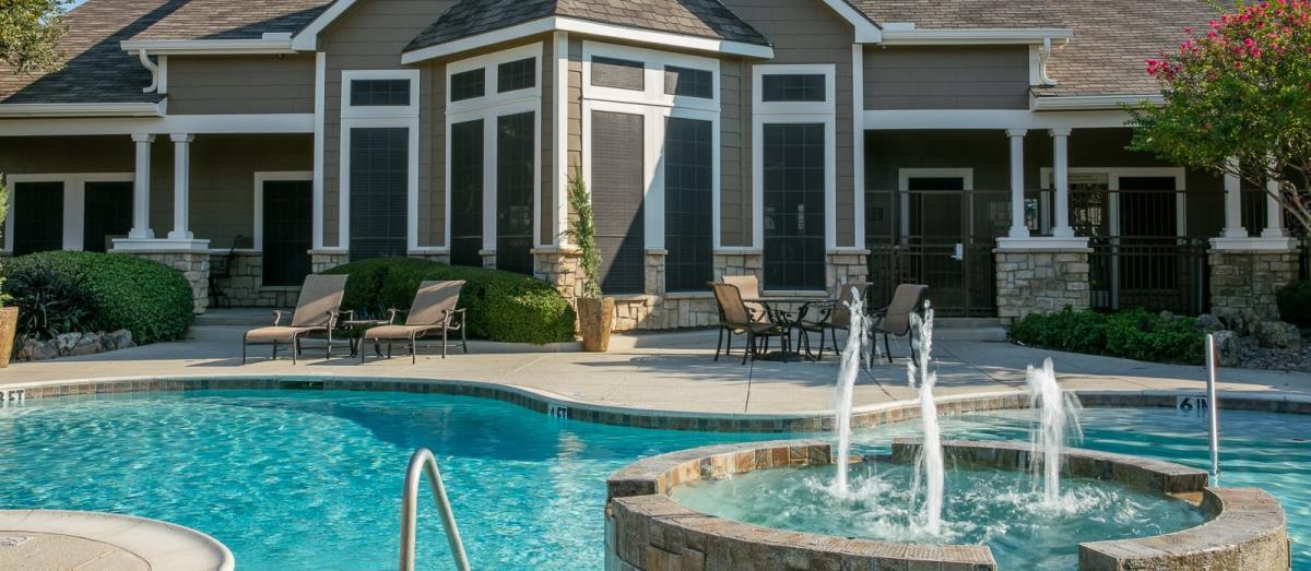 Pool at Listing #137938