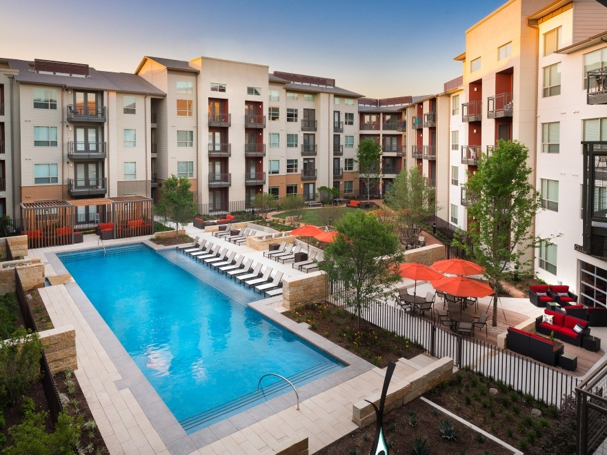 Midtown Commons at Crestview Station II Apartments Austin TX