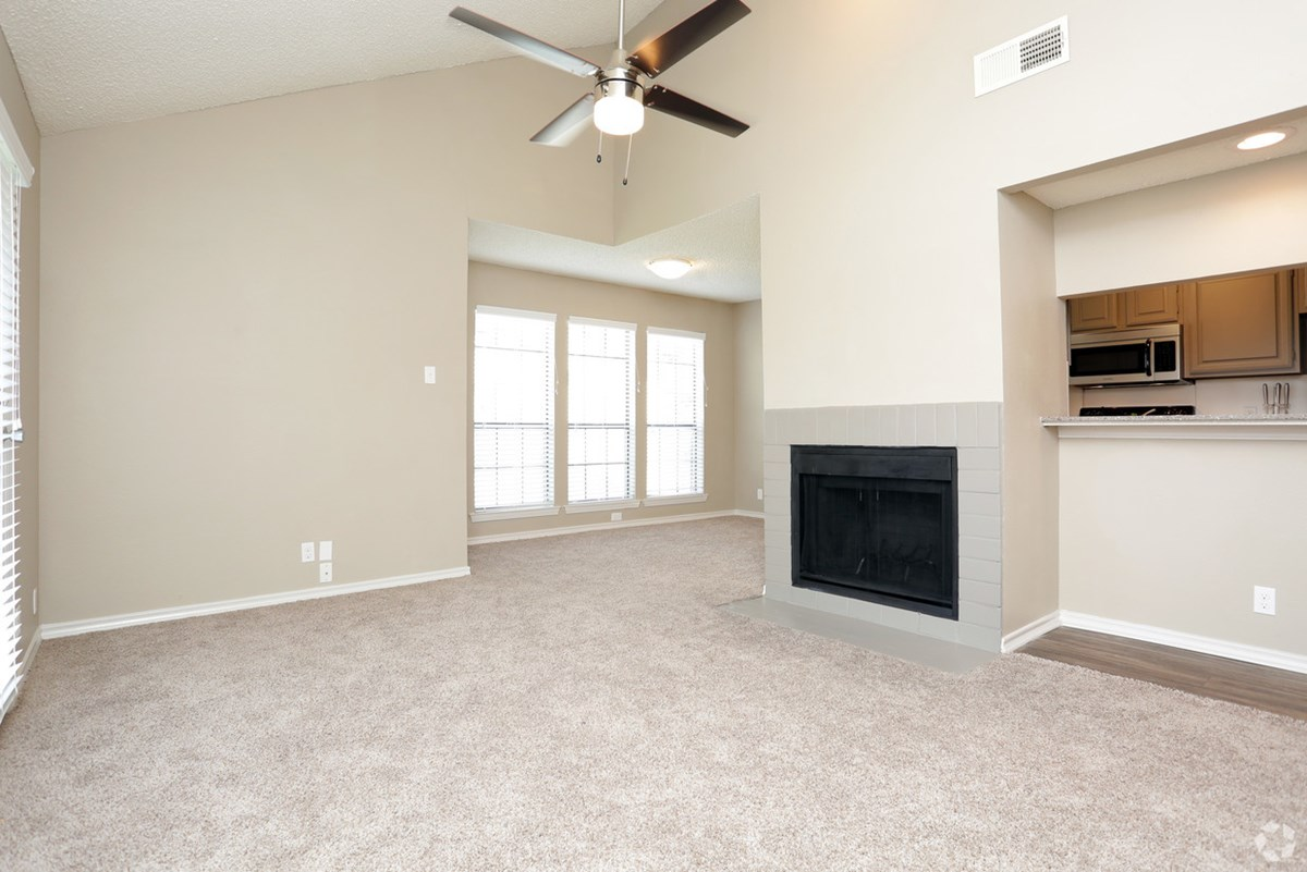 Living at Listing #136547