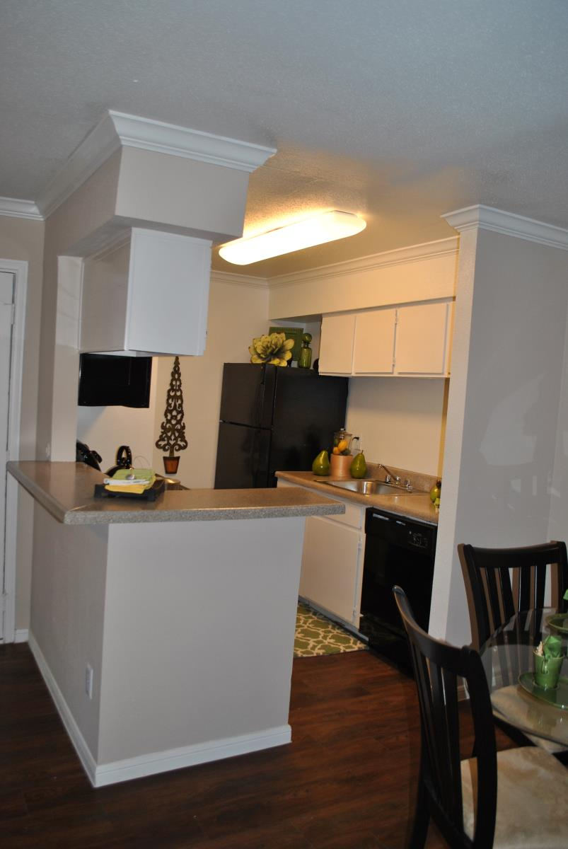 Kitchen at Listing #138936