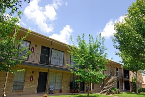 Exterior at Listing #139367