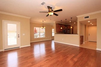 Living at Listing #150666