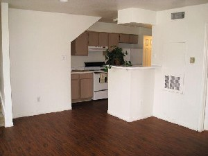 Kitchen/Dining Area at Listing #139001