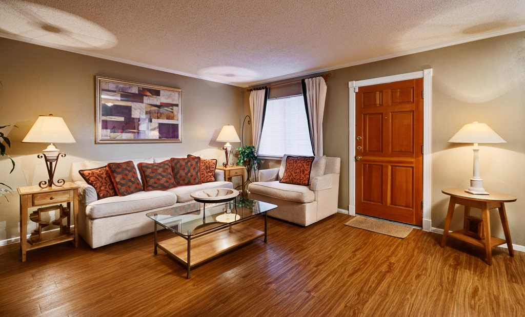 Living at Listing #140246