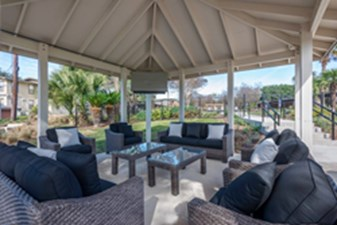 Lounge at Listing #141124