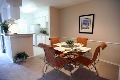 Dining Area at Listing #139056