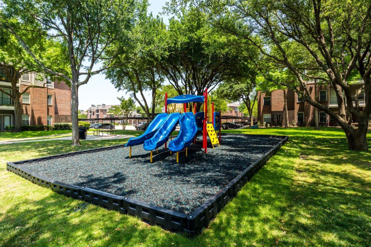 Playground at Listing #135706