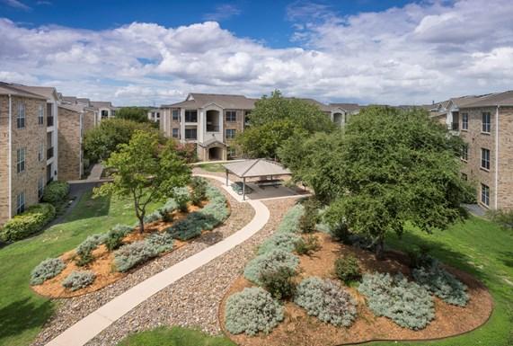 Stoneybrook Apartments