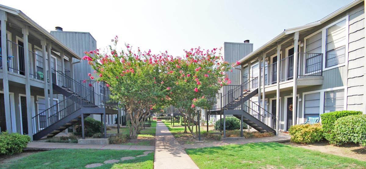 Woodlands of Fort Worth at Listing #137054