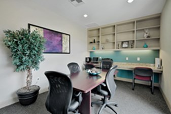 Business Center at Listing #138321