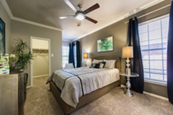 Bedroom at Listing #137763
