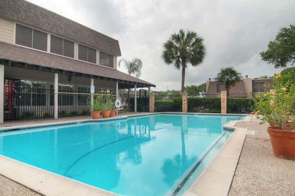 Pool at Listing #139615