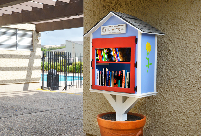 Library at Listing #141218