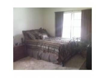 Bedroom at Listing #151513