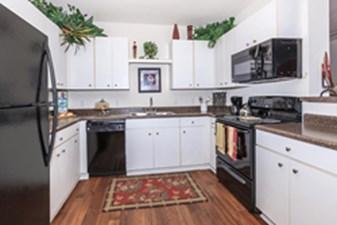 Kitchen at Listing #140107