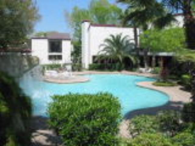 Pool at Listing #139626