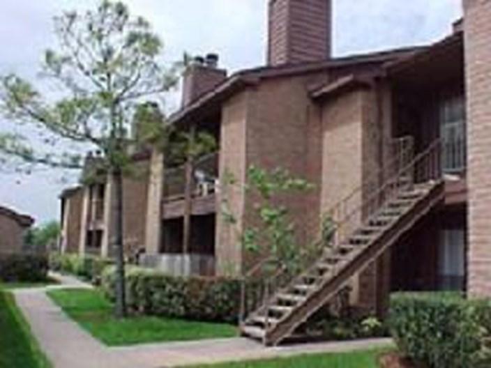 Westwood II Apartments