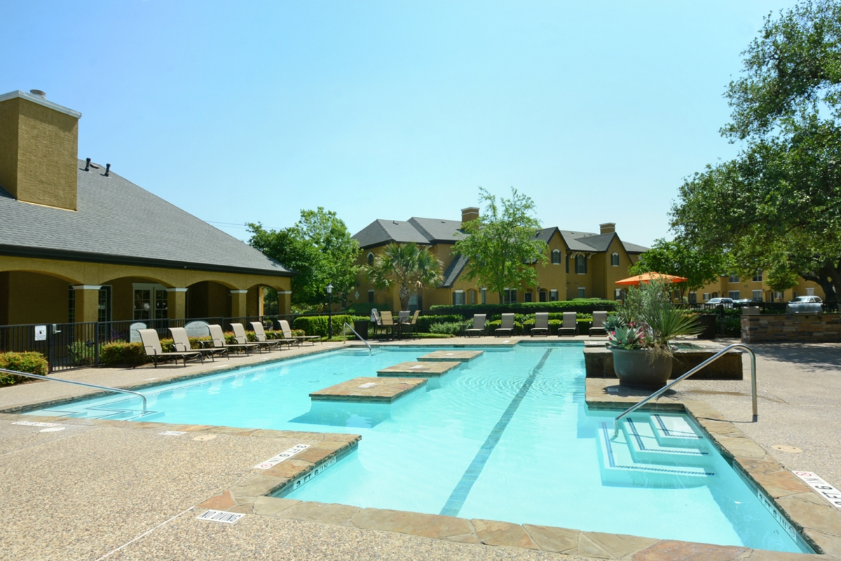Pool at Listing #144523