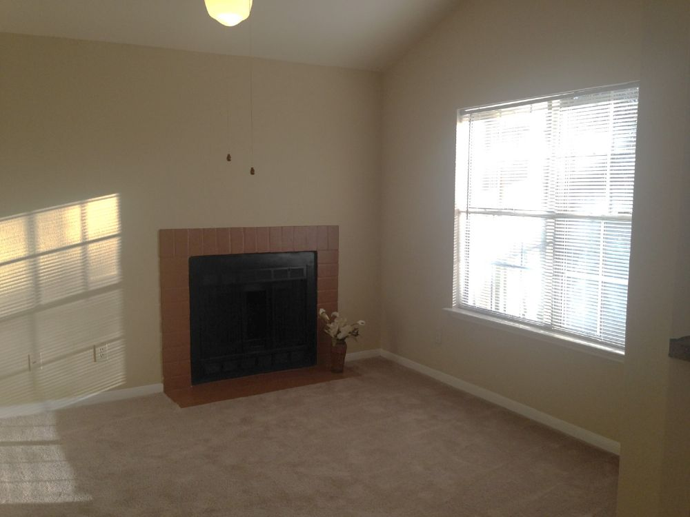 Living at Listing #136178
