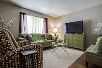 Living at Listing #135698