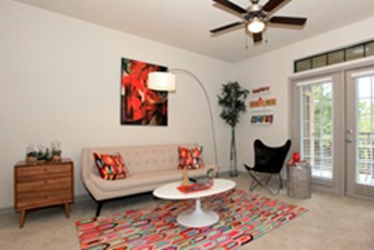 Living at Listing #252050