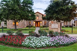 Courtyards at Kirnwood Apartments DeSoto TX