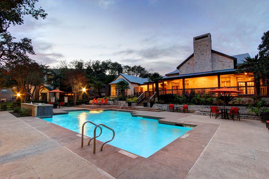 Pool at Listing #141340
