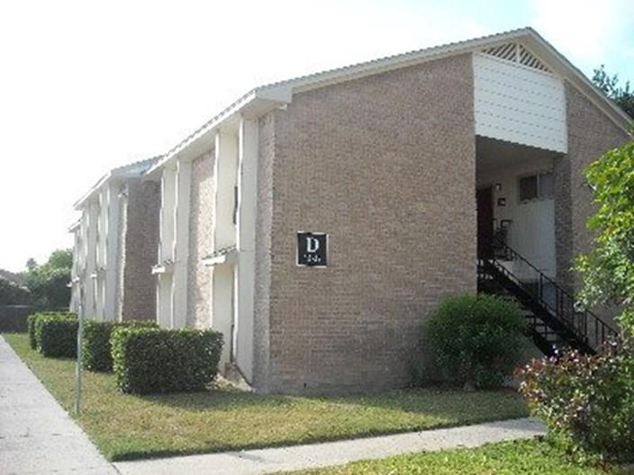 Brazoria Manor Apartments