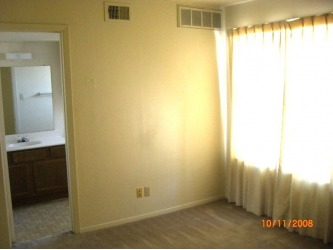 Bedroom at Listing #137466