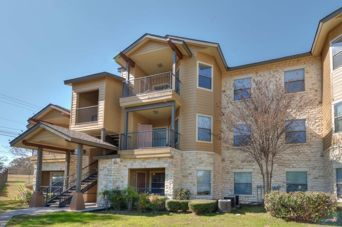 Exterior at Listing #143945