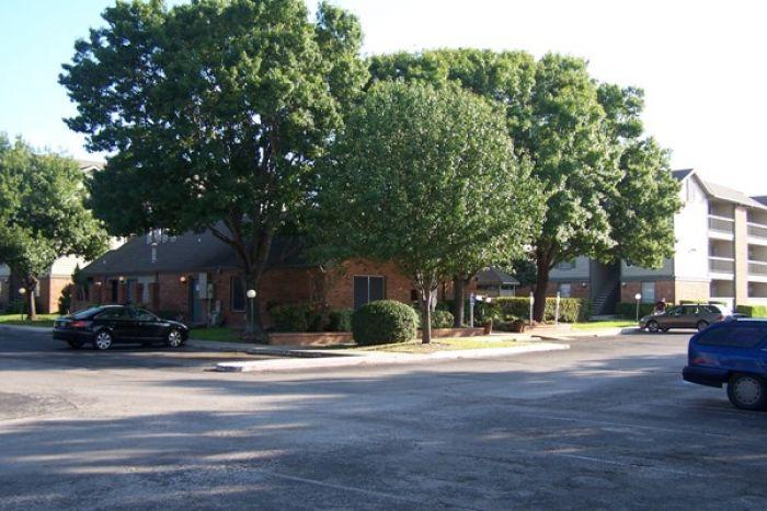 Bellevue at Windcrest Apartments San Antonio TX