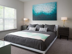 Bedroom at Listing #140655