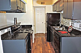 Kitchen at Listing #137210