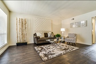 Living at Listing #136605
