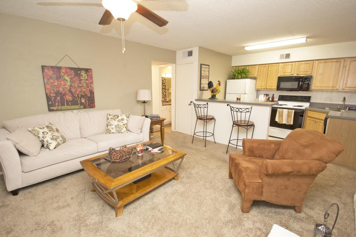 Living Room at Listing #135916