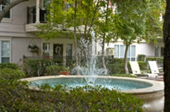 Courtyard at Listing #137656