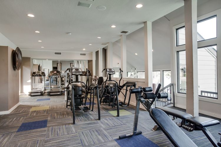 Fitness Center at Listing #136046