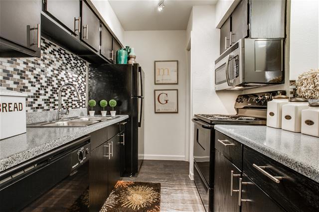 Kitchen at Listing #136240