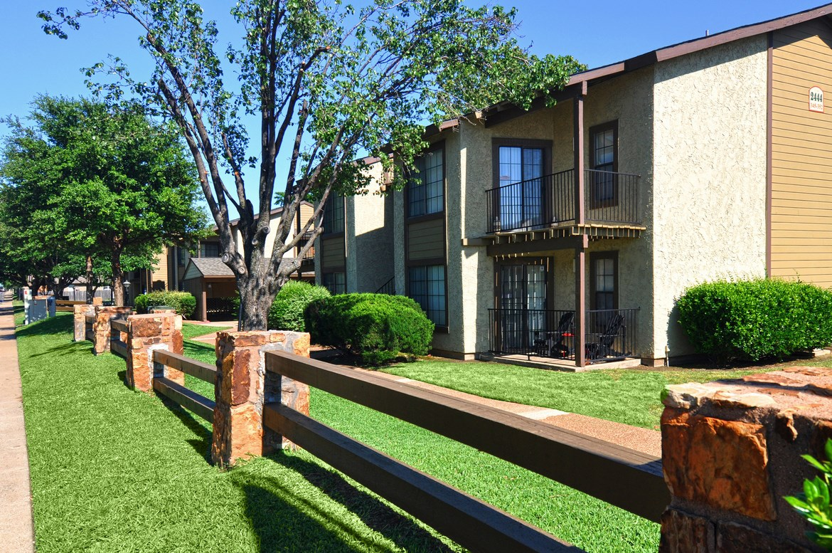 Copper Canyon Apartments