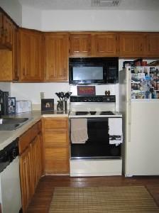 Kitchen at Listing #136614