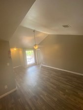 Living at Listing #139752