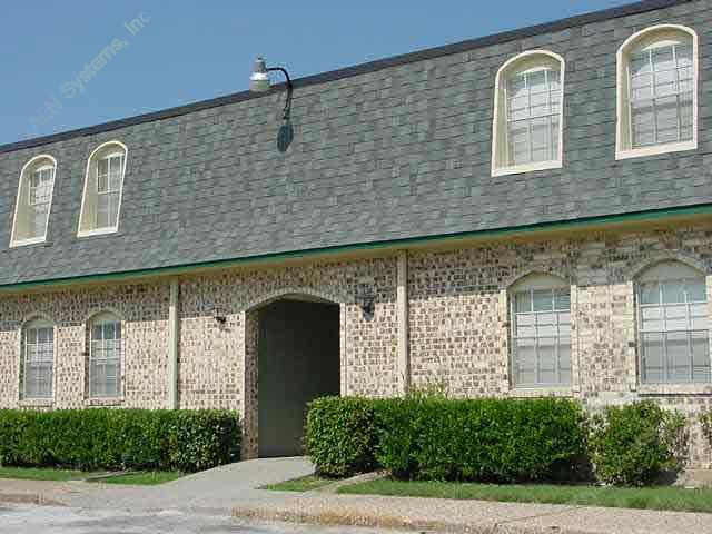 Exterior 2 at Listing #137650