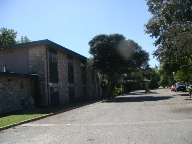 Whitewood Oaks Apartments San Antonio TX