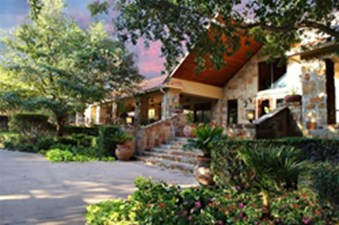 Exterior at Listing #140689