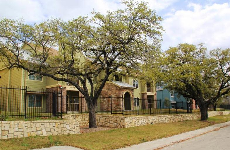 Park at Sutton Oaks Apartments San Antonio TX