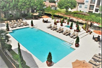 Pool at Listing #137764