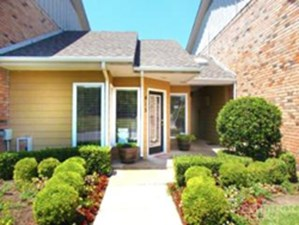 Exterior at Listing #256143