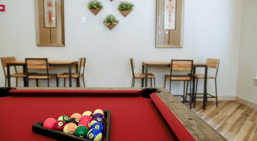 Pool Table at Listing #292586